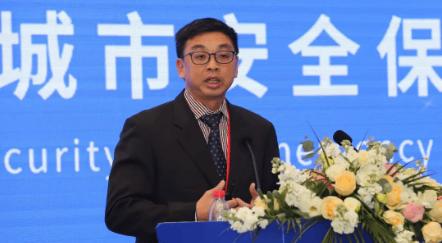 新加坡理工学院副教授林国华